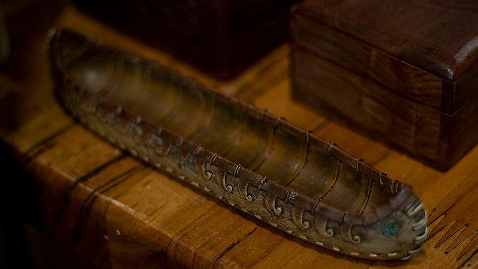 Canoe incense holder
