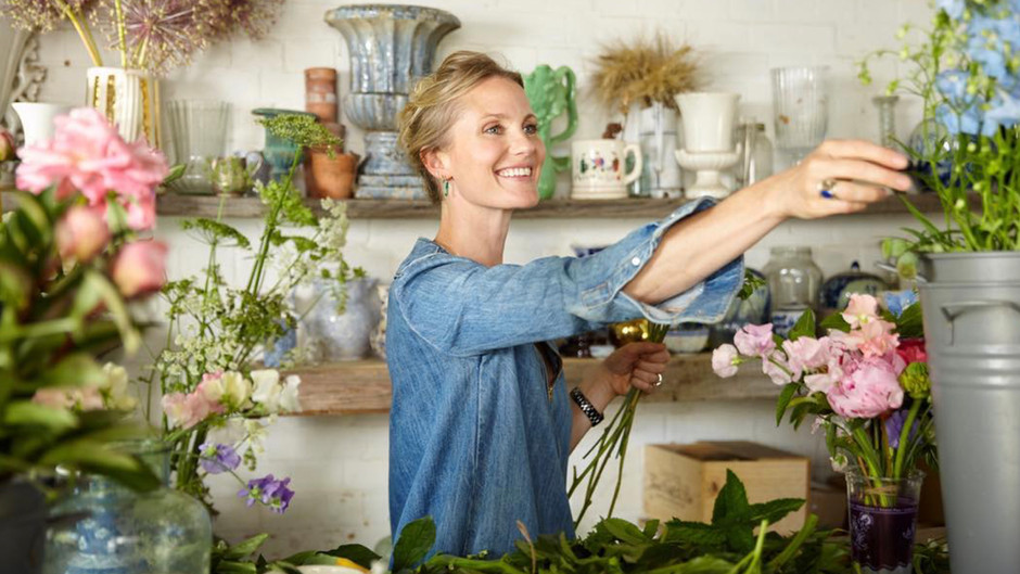 Floral Stylist Willow Crossley Opens Up Her Farmhouse in the English Countryside