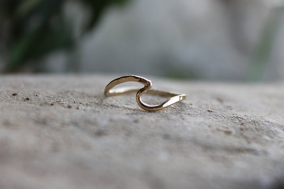 Sombrio Gold Filled Wave Ring