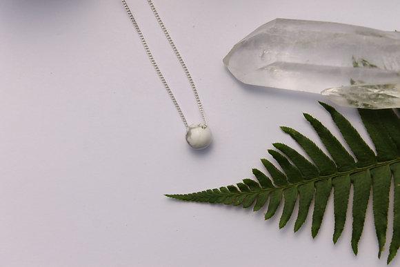 $20.00 - Howlite Sphere Strand Necklace