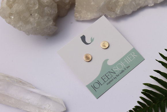 $15.00 - Scallop Gold Filled Disc Studs