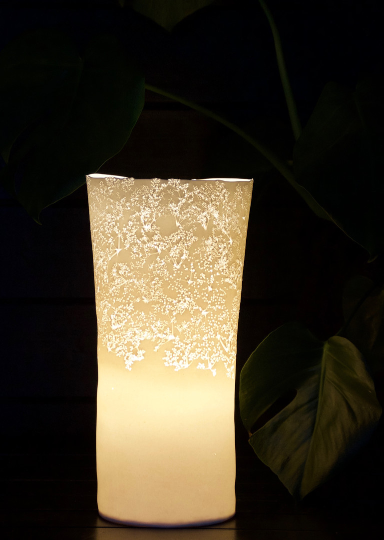 31. Elderflower lamp