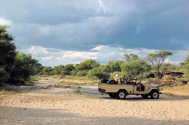 safari-auto-jagdfarm-namibia-kashjuna-hu