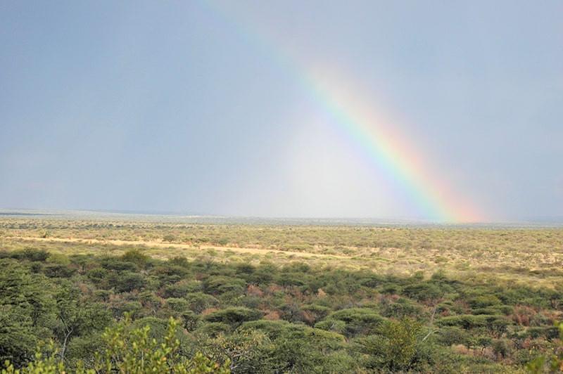 Landschaft-Regenbogen-jagdfarm-namibia-k