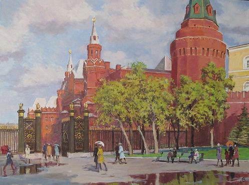 Май. Александровский сад