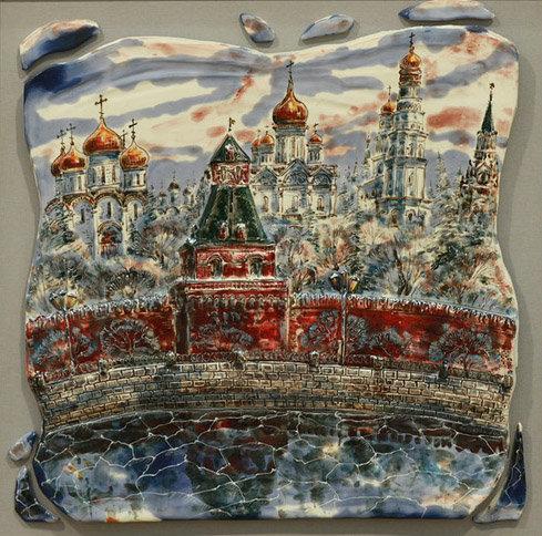 Вид Кремля из-за Москвы реки