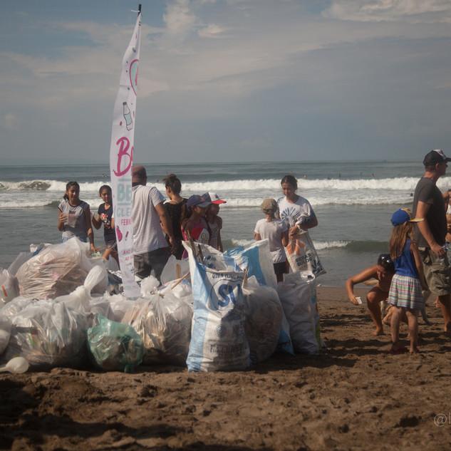 Bali - Beach Cleaning-9.jpg