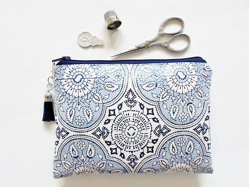Antique style, Ornate, sewing pouch, small make up pouch, zipper pouch.