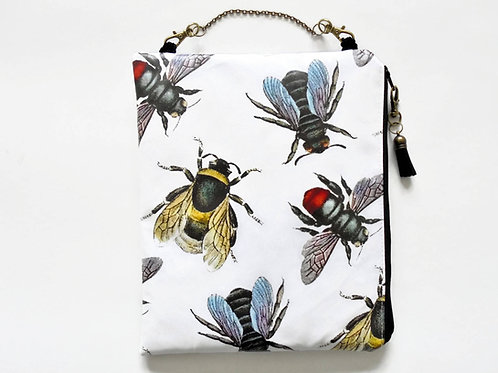 hanging cosmetic bag, bees, queen bees, vintage bees,