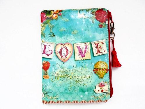 Love vegan wallet, faux leather zipper bag.