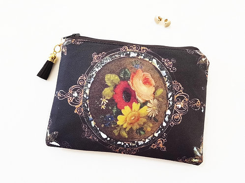 Antique floral style canvas zipper wallet.