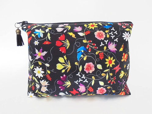Dumpy bag, Embroidery print, boxy wash bag, cosmetic bag, zip bag, make up bag.