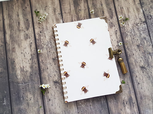 Bumble bees A6 pocket pad with matching bulldog clasp.