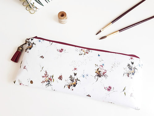 Ditsy pouch, vegan leather, water resist outer pencil case.
