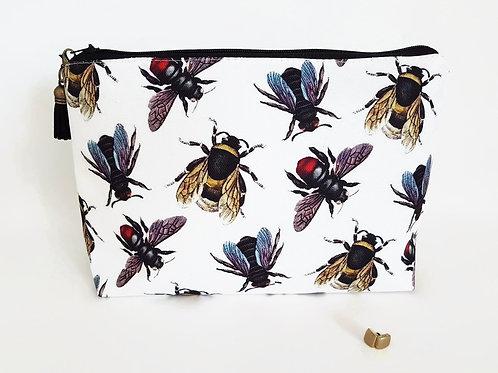 bees,queen bees,bumble bees wash bag,dumpy bag,toiletries bag,cosmetic bag