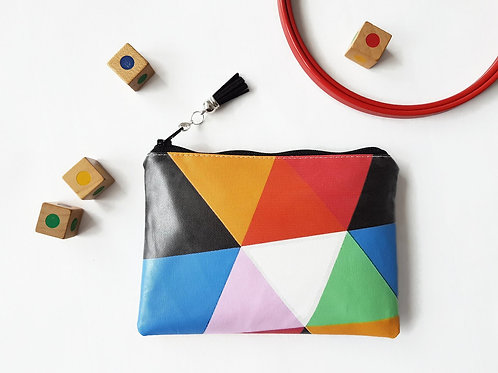 Colour block Faux leather vegan vinyl wallet.