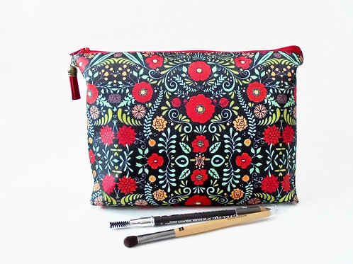 Gifts for her, Folky Cosmetic Pouch, Botanical print, Dumpy bag,