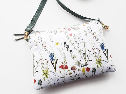 Botanical print crossbody wallet.