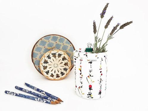 Pen caddy,brush caddy,storage pots,botanical print,wall grid storage