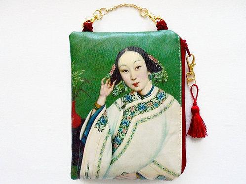 Chinoiserie woman print vegan vinyl zipper hanging bag.
