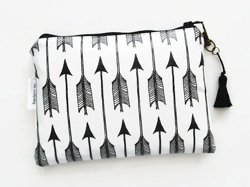 Arrows monochrome vegan wallet.