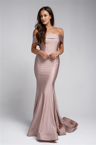 Fitted off the shoulder dress in rose, horse hair hem in a stretch satin fabric, back zip
