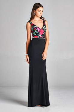 D120 - Black/Floral embroidery  Sizes: Small, Medium, Large