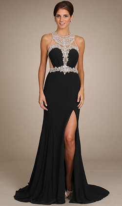 Fitted black dress with bling!