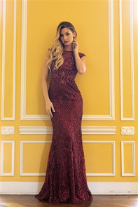 Burgundy long dress in a sequin fabric