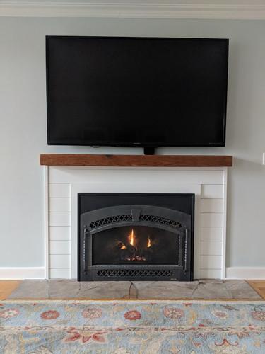 shiplap_fireplace.jpg