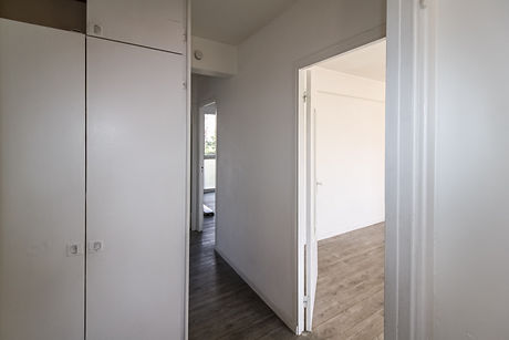 entrance corridor Lolive