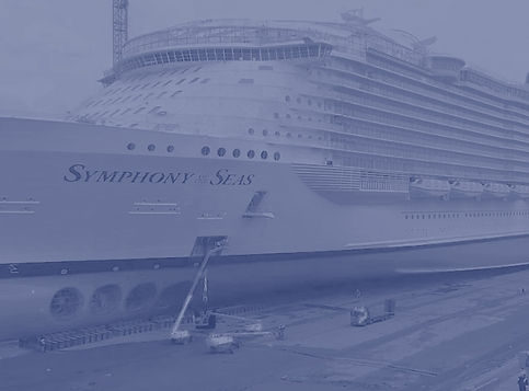 symphony-of-the-seas-in-dry-dock-1-1280x