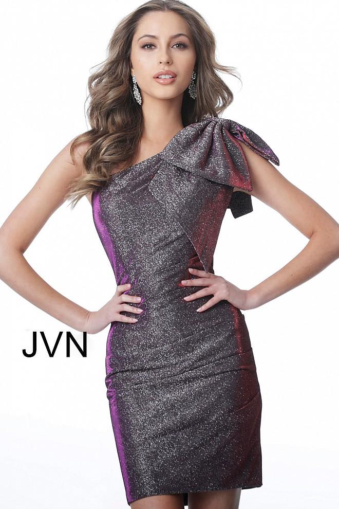 JVN2132-660x990