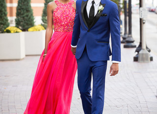 Be a prom rep!