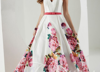 Save 30% off all in stock prom dresses