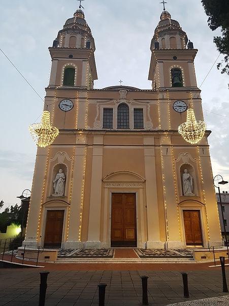 parrocchia esterno 2.jpg
