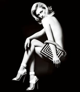 versace-january-jones-007.jpg