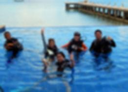 Divemaster course in diving pool El Rio y Mar, Palawan, Philippines