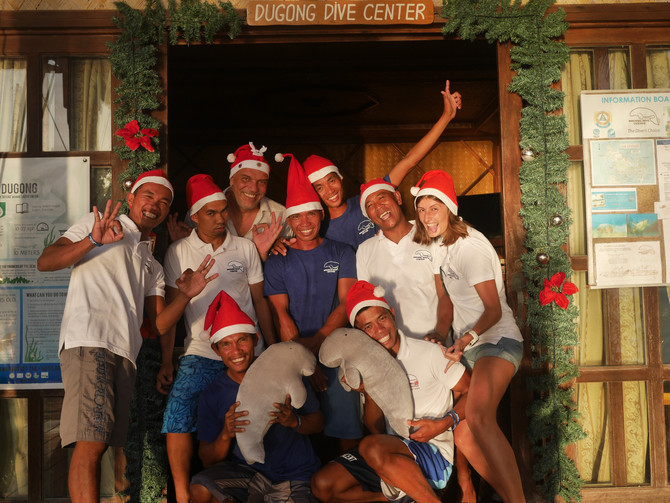Merry Christmas & Happy New Year from the Dugong Dive Center team !