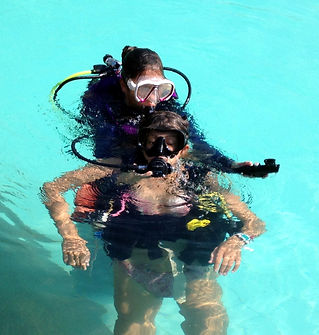 Rescue course exercise in the pool with student, Palawan, Philippines
