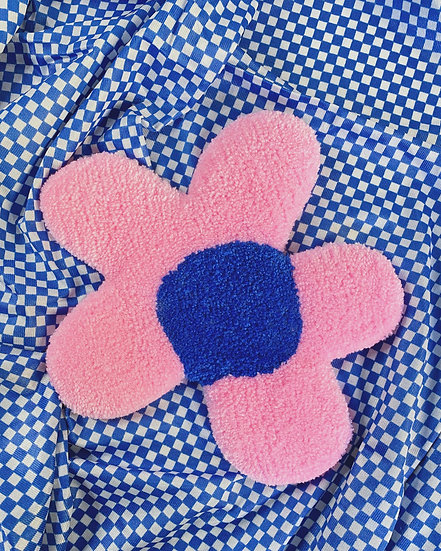 Coffee Table Rug- Pink/Blue Flower