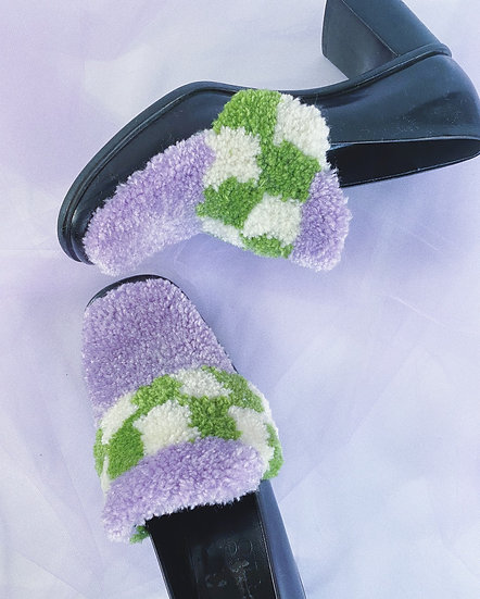 Lavender/Green/White Check Tufted Shoes- Size 8