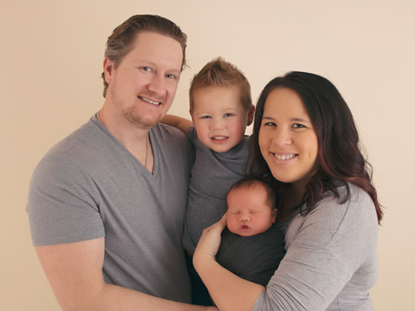 Dressing the family for a newborn session