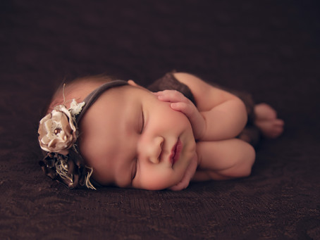 Tips & Tricks for Newborn Sessions!