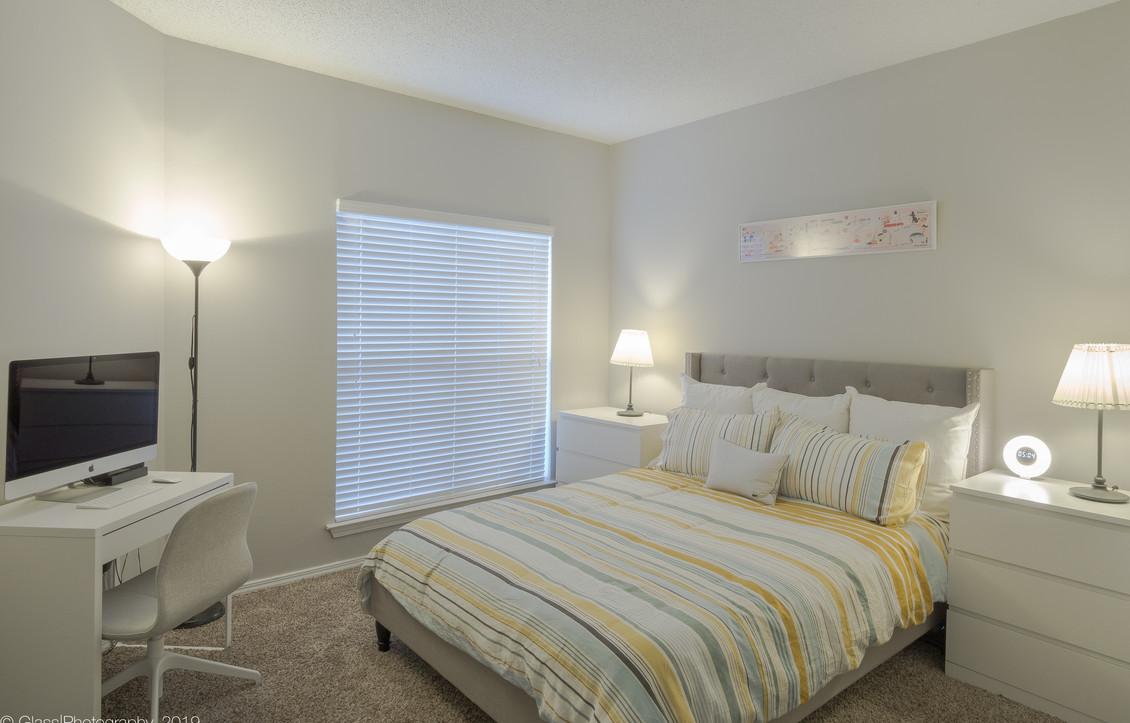 Bedroom (2 of 10).jpg