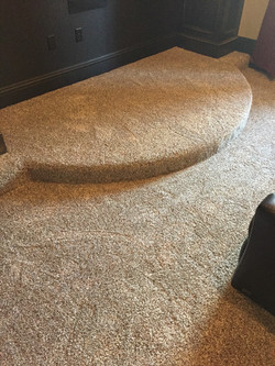 Ramp w/ Platform Carpet