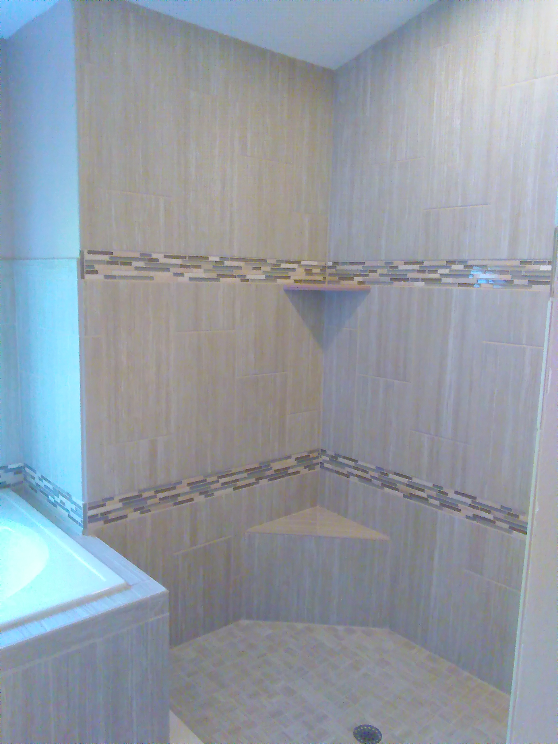 Linear w/ Accents, Bench, Soap Dish