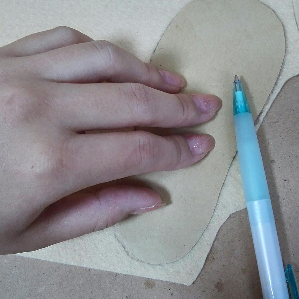 靴の中敷の作り方(型紙作り&裁断)