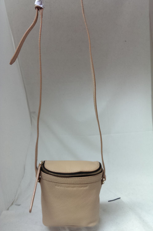 Clever Leather Pocket Crossbody