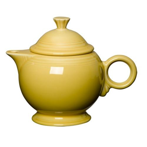 496 Teapot Covered